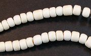 Pucalet, 4/5mm, Coco, White beads, DYED COCONUT BEADS