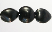 Kukui Nut, 25mm, Black beads, KUKUI NUTS
